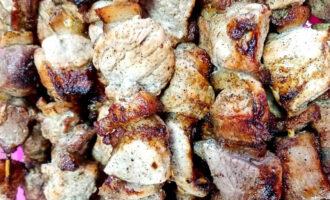 Как замариновать «Майский» шашлык из свинины – пошаговый рецепт с фото