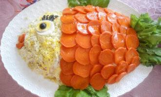 Салат с сёмгой, копчёным окороком и овощами «Моя рыбка» – пошаговый рецепт с фото