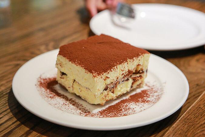 Итальянская кухня. Десерты: тирамису